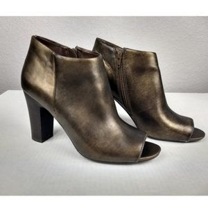 Nine West Antonia 3Y Faux Leather Booties size 10
